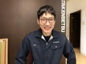 スタッフ須田健作